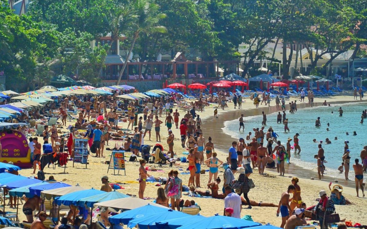 kata-beach-phuket-crowded